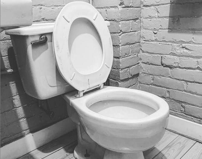 American standard toilet seat size