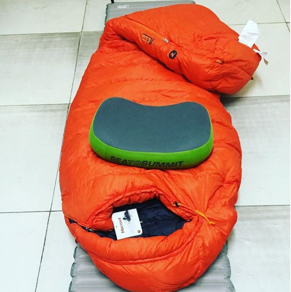 Sea to summit backpacking pillow in green color