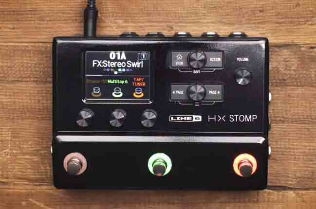 Line 6 Electric Guitar Multi Effect, Black (HX Stomp)