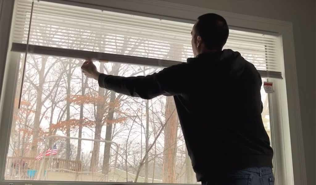 How to install cordless mini blinds